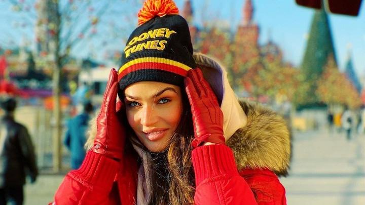 «Проблема в уровне жизни, а не размере маткапитала»: Водонаева раскритиковала путинские выплаты