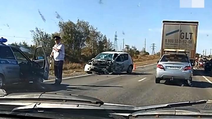 Появилось видео с места массовой аварии под Волгоградом