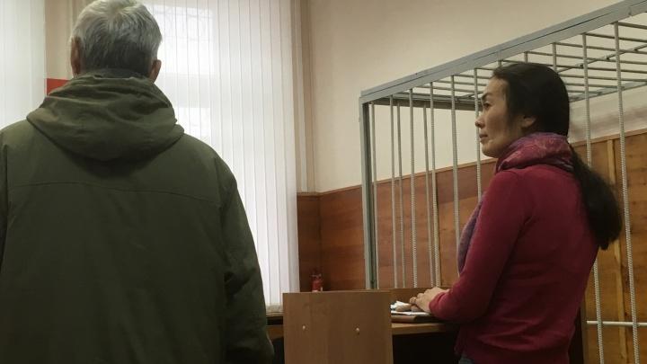 В суде начали рассматривать дело о самоубийстве матери девятерых детей из Медного