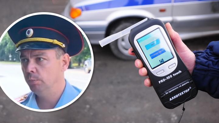 Заместитель Демина, которого поймали пьяным за рулем, обмывал звание полковника
