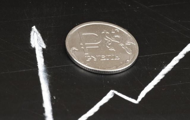 Рубль крепчает на позитивной волне