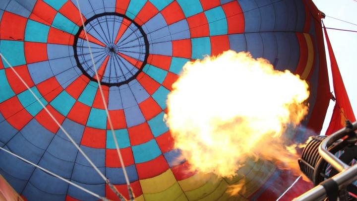 Как это было: День омича отметили на байдарках и воздушном шаре