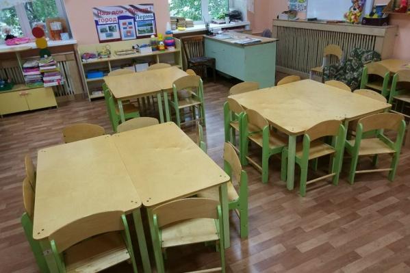 Пока детский сад закрыт. Если дети здоровы, они вернутся в него в сентябре