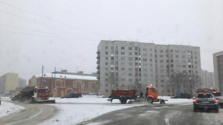В Зауралье на обработку трасс противогололёдным реагентом потратят около шести миллионов рублей