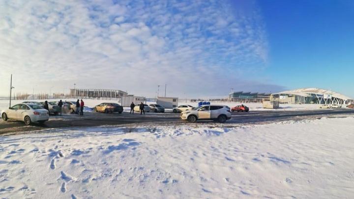 «Возить не будем»: в Ростове водители «Яндекс.Такси» объявили забастовку