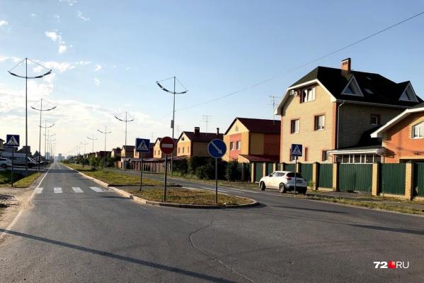 Жители Комарово просят власти не строить развязку в непосредственной близости к поселку