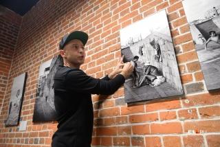 Музыкант рассказал о своём увлечении фотографией и вспомнил историю каждого снимка