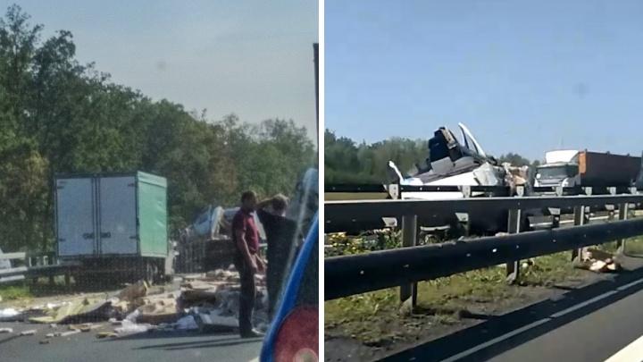 «Газель» наизнанку: серьезное ДТП парализовало движение на трассе М-5 под Тольятти