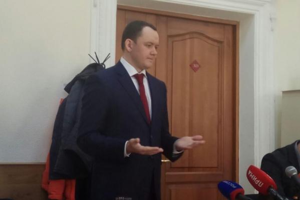 Аркадий Волков отказался от своего адвоката