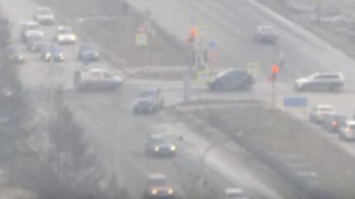Водитель «Лексуса» сбил пешехода при повороте на 9 Мая и увёз его с места аварии