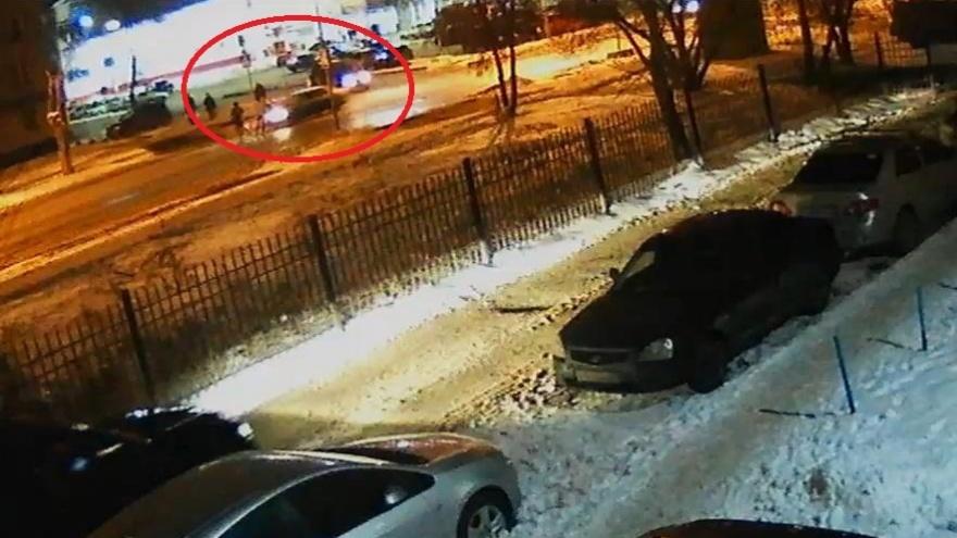 В УМВД объяснили свою новость о том, что полицейский сбил подростка не на переходе (это не так)