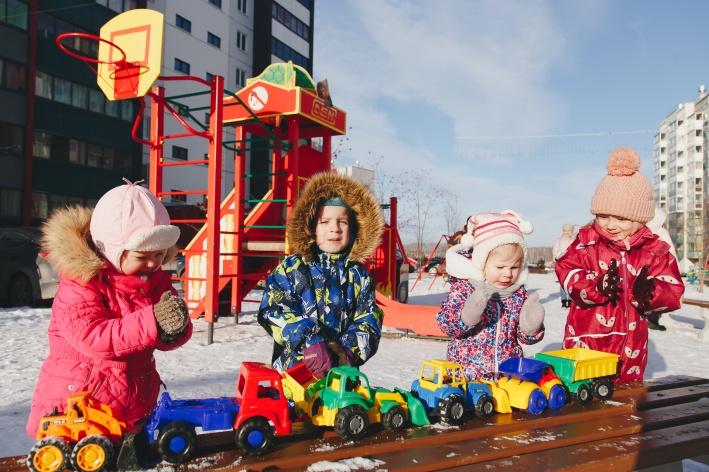 Инфраструктура микрорайона развивается с учётом запросов семей с детьми
