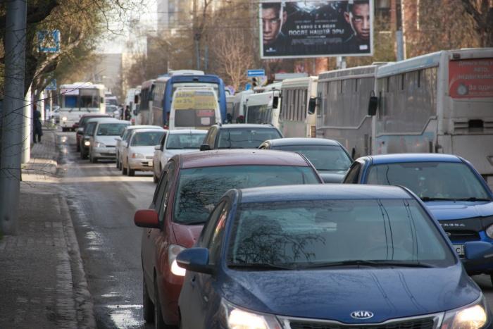 Кредитные машины за 1,2 миллиона рублей оказались доступны только 6% новосибирских семей