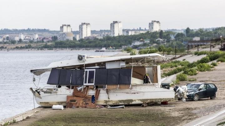 Затонувший в Волгограде катамаран «Елань-12» незадолго до трагедии прошел техосмотр