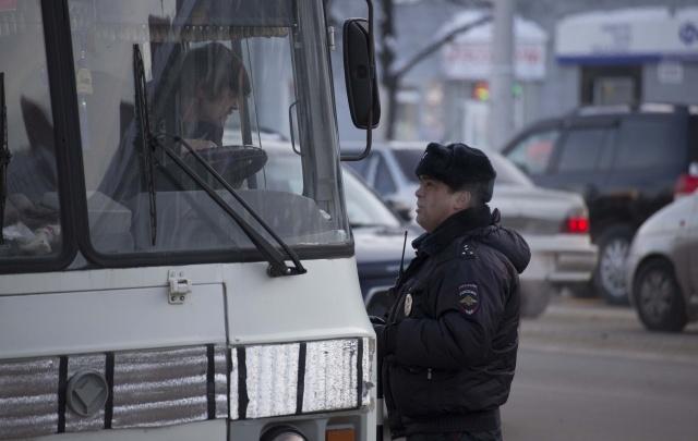 В Уфе пассажирский автобус сняли с рейса за долги хозяйки