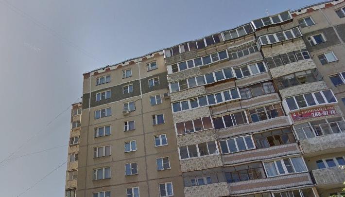 «Достаёт нож, угрожает ножом»: на Северо-Западе Челябинска грабители напали на школьника