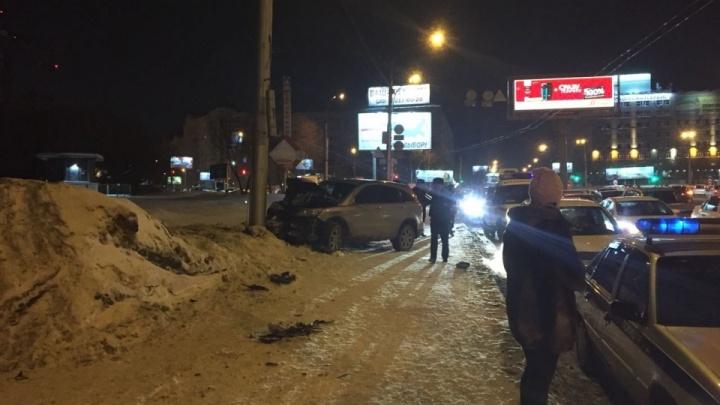 Сердобольные горожане перепутали города и массово ищут свидетелей новосибирской аварии в Красноярске