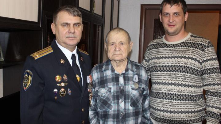 Видео: медаль «За отвагу» нашла ветерана Великой Отечественной войны спустя 72 года