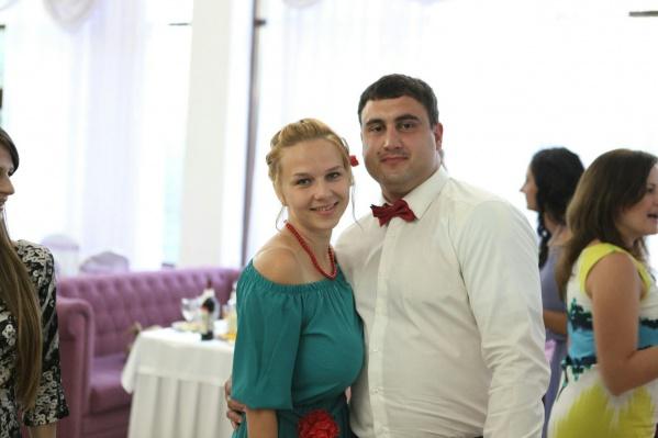 Несколько лет Арам Мачкалян пытается наказать врачей за смерть своей беременной жены