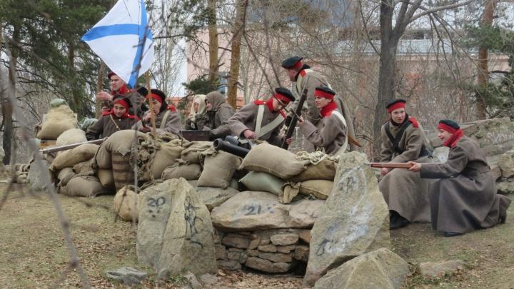 «Стойко перенесли погодные катаклизмы»: в Челябинске восстановили события первой обороны Севастополя
