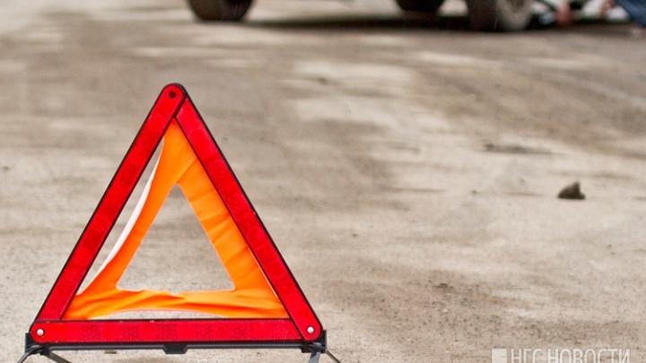 «Автомобиль в месиво»: на трассе под Новосибирском погиб водитель внедорожника