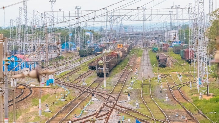 «Поезд наехал на велосипед, а не на девочку»: следователи о ЧП на железной дороге в Сызрани