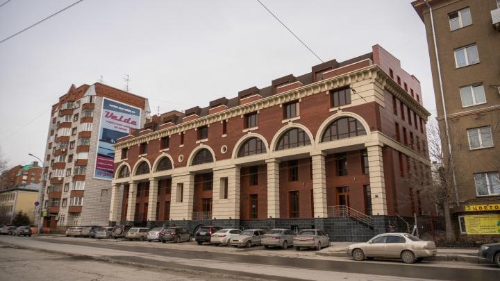 На Советской заново построили старейшую городскую баню — она стала 5-этажной