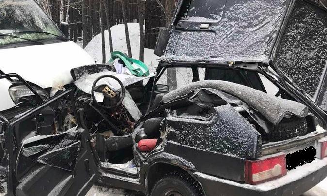 На трассах Зауралья за день произошло две аварии со смертельным исходом