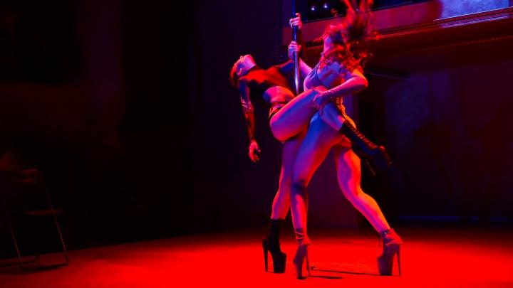Героини «Безумного Макса» и красотки в портупеях: 25 горячих фото с соревнований по танцам на пилоне