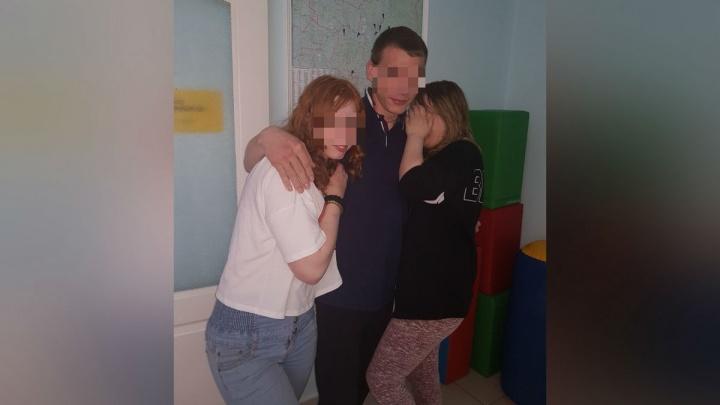 «Дети едут обратно»: сбежавших из лагеря влюбленных подростков нашли в Соликамске