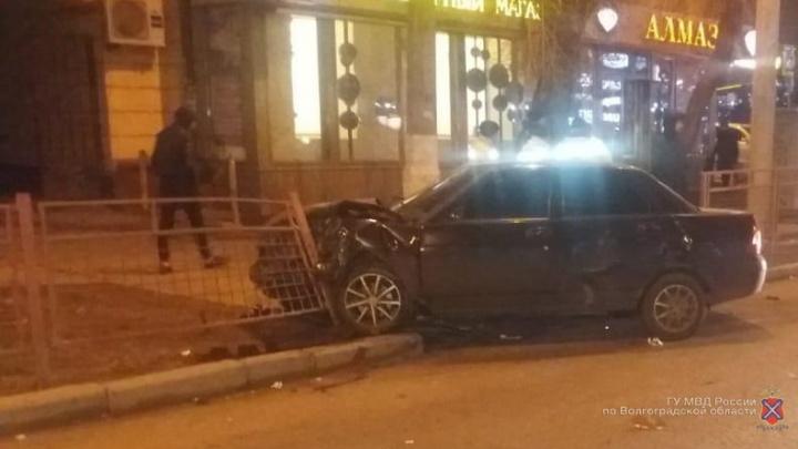 Пролетел на красный: в полиции рассказали подробности ДТП с такси