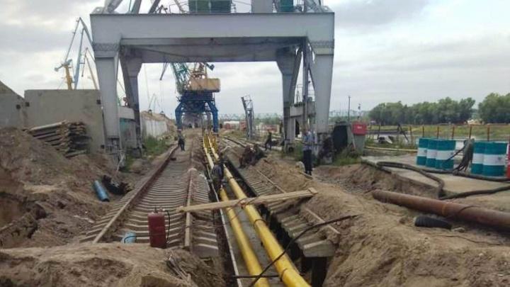 Омский речной порт реконструировал сливгорюче-смазочных материалов без разрешения