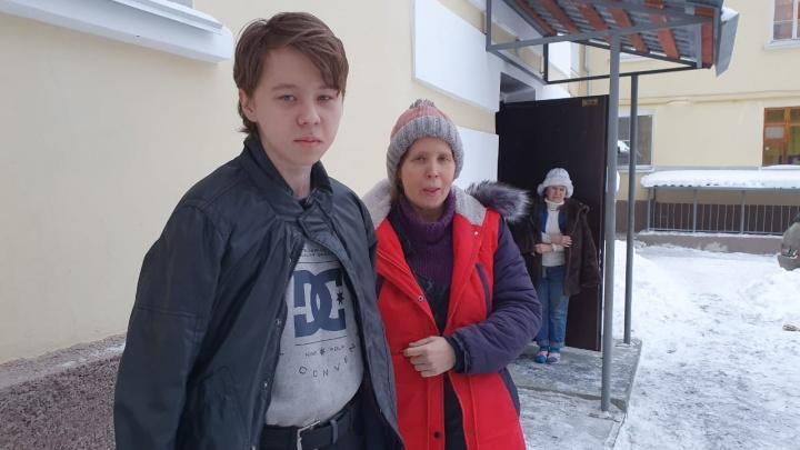 «Дамир, выходи, сгоришь!»: как 15-летний парень спас соседей от пожара