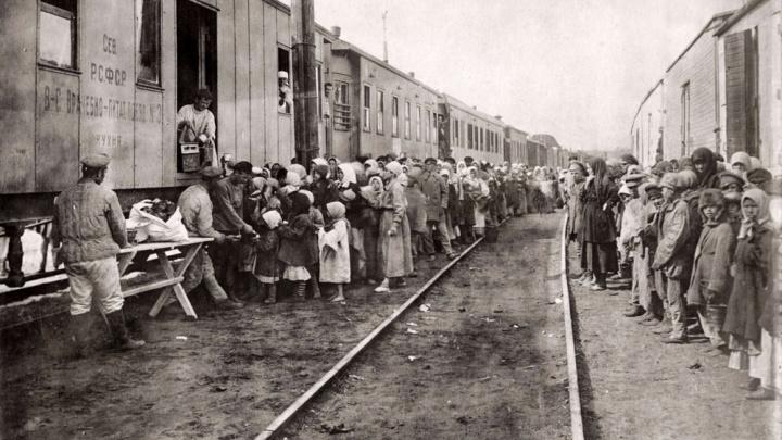 «Отбирали все до последней крошки»: какие тайны о голоде в Поволжье скрывала советская власть?