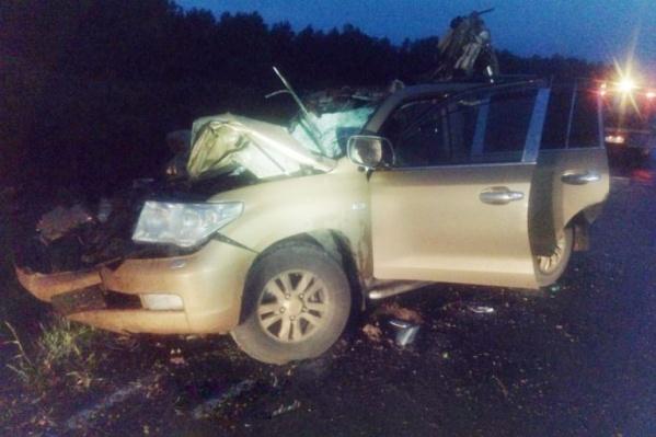 Так выглядел внедорожник Toyota Land Cruiser после аварии. Его владелец— Виктор Илюченко— погиб на месте происшествия