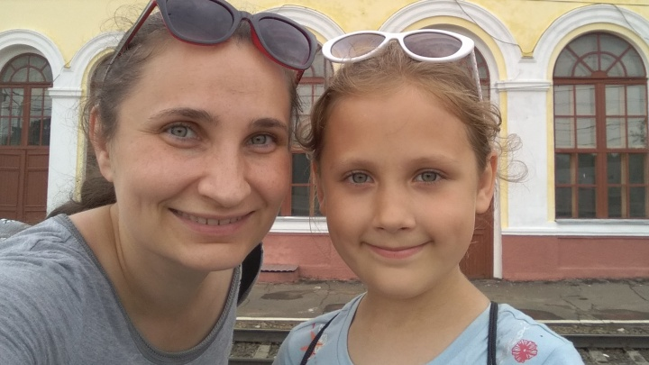«Существует неудовлетворённость»: почему архангельские мамы все чаще отказываются от обычных школ?