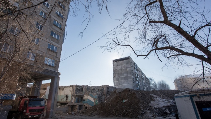 Дом в Магнитогорске, где прогремел взрыв, признали пригодным для проживания