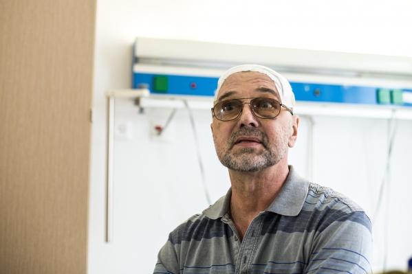Барнаульский хирург Андрей Гапанюк уже второй раз становится пациентом новосибирских коллег