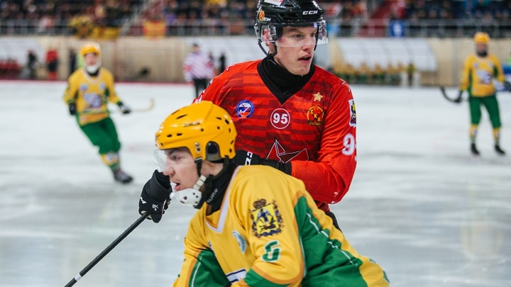 «Было сложно играть на равных»: «Водник» уступил действующему чемпиону страны по хоккею с мячом