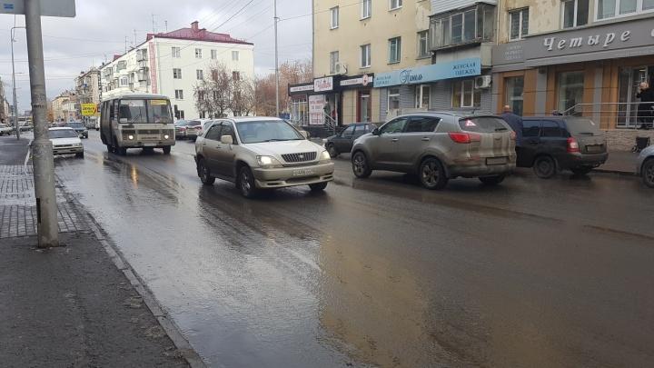 Еще три дня на дорогах Зауралья будет гололёд: ГИБДД просит водителей ограничить поездки за город