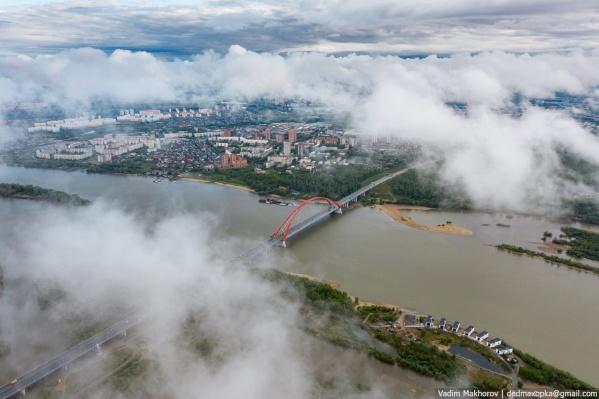 Бугринский мост, снятый с высоты