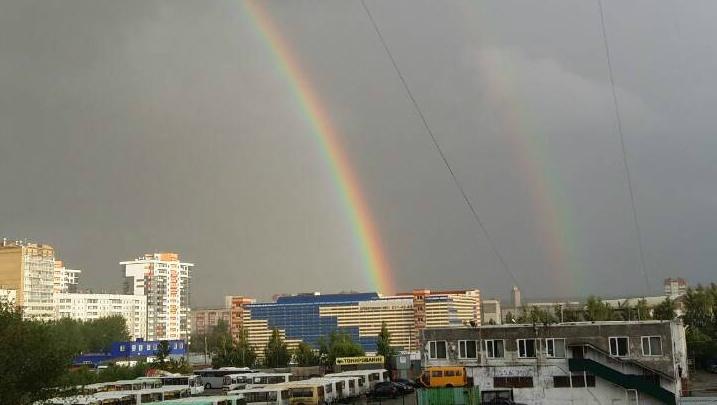 Природа побаловала челябинцев двойной радугой