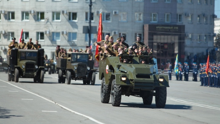 Равнение на центр: какие улицы Челябинска перекроют 9 мая и как будет ходить общественный транспорт