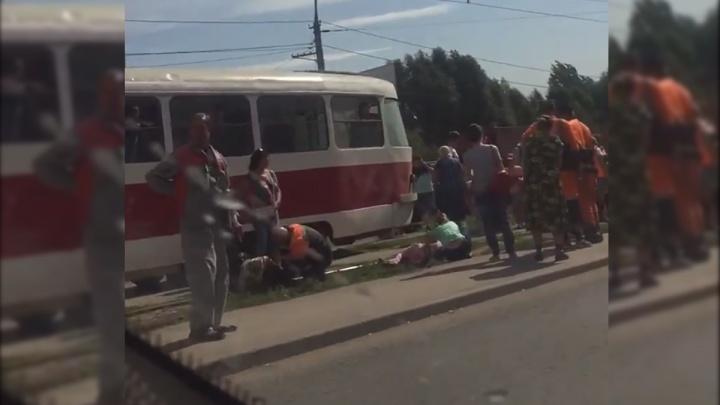 «Занесло на остановку»: на XXII Партсъезда — Ставропольской иномарка сбила 4 пешеходов