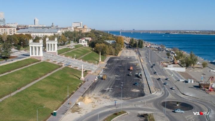 Пляж, дебаркадеры и каток: в Волгограде за 100 тысяч рублей хотят получить проект Набережной