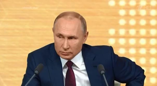 «Зарплаты в медицине выше, чем в других сферах»: Путин ответил на жалобы екатеринбургских врачей
