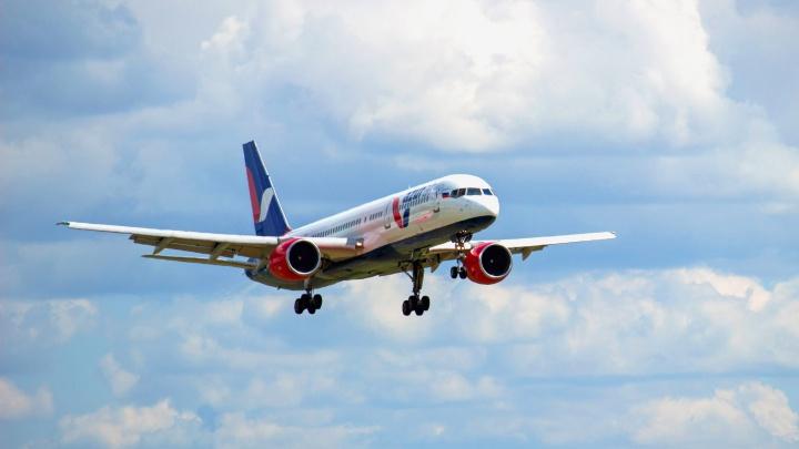 Самолёт из Курумоча в Арабские Эмираты задержали на 10 часов