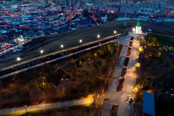 В фильме архитекторы рассказывают о ключевых реализованных проектах