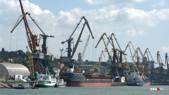 Протестующим в ростовском порту морякам выплатили зарплату