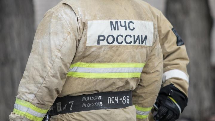 Ростовские пожарные спасли многодетную семью от затопления